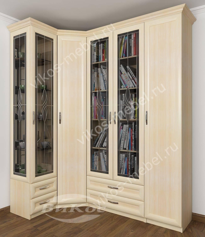 Стильные, красивые распашные шкафы с зеркалом.