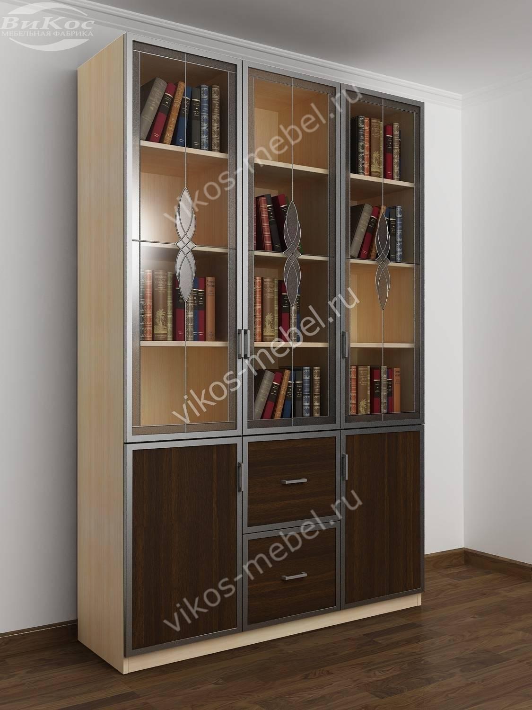 Книжный шкаф распашной с витражами и выдвижными ящиками моло.