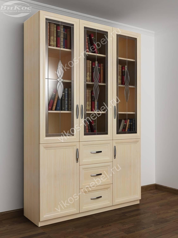 Недорогие трехстворчатые книжные шкафы економ класса.