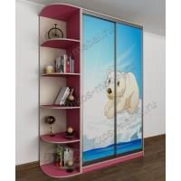 Небольшой шкаф-купе с фотопечатью и консолью в детскую комнату розовый