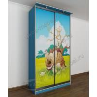 Маленький шкаф-купе для одежды с детской фотопечатью голубой