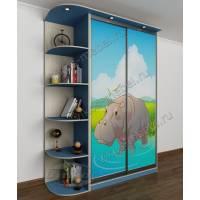 Шкаф-купе в детскую для мальчика с фотопечатью, подсветкой и консолью голубой