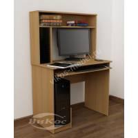 Компактный компьютерный стол с надстройкой для дома