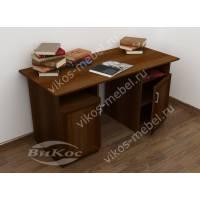Удобный письменный стол с полками и распашными дверцами