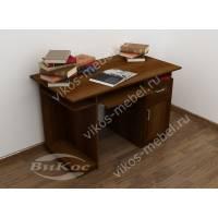Удобный письменно-компьютерный стол для дома